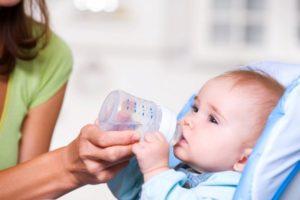 можно ли новорожденному воду пить