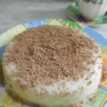 Быстрый и легкий в приготовлении торт без выпечки со сгущенкой