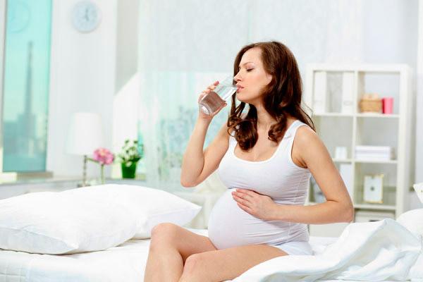 Как избавиться от изжоги во время беременности в домашних условиях