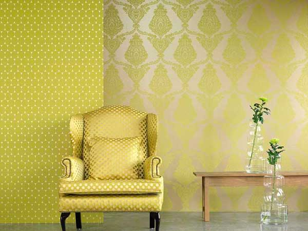 сочетание двух цветов обоев в гостиной (1)