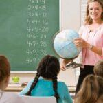 Что подарить учителю на 1 сентября вместо цветов